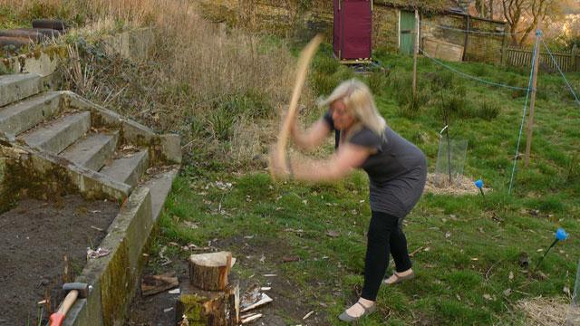 wood-chopping 2